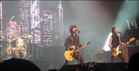 Greenday_liveatfoxtheatre1
